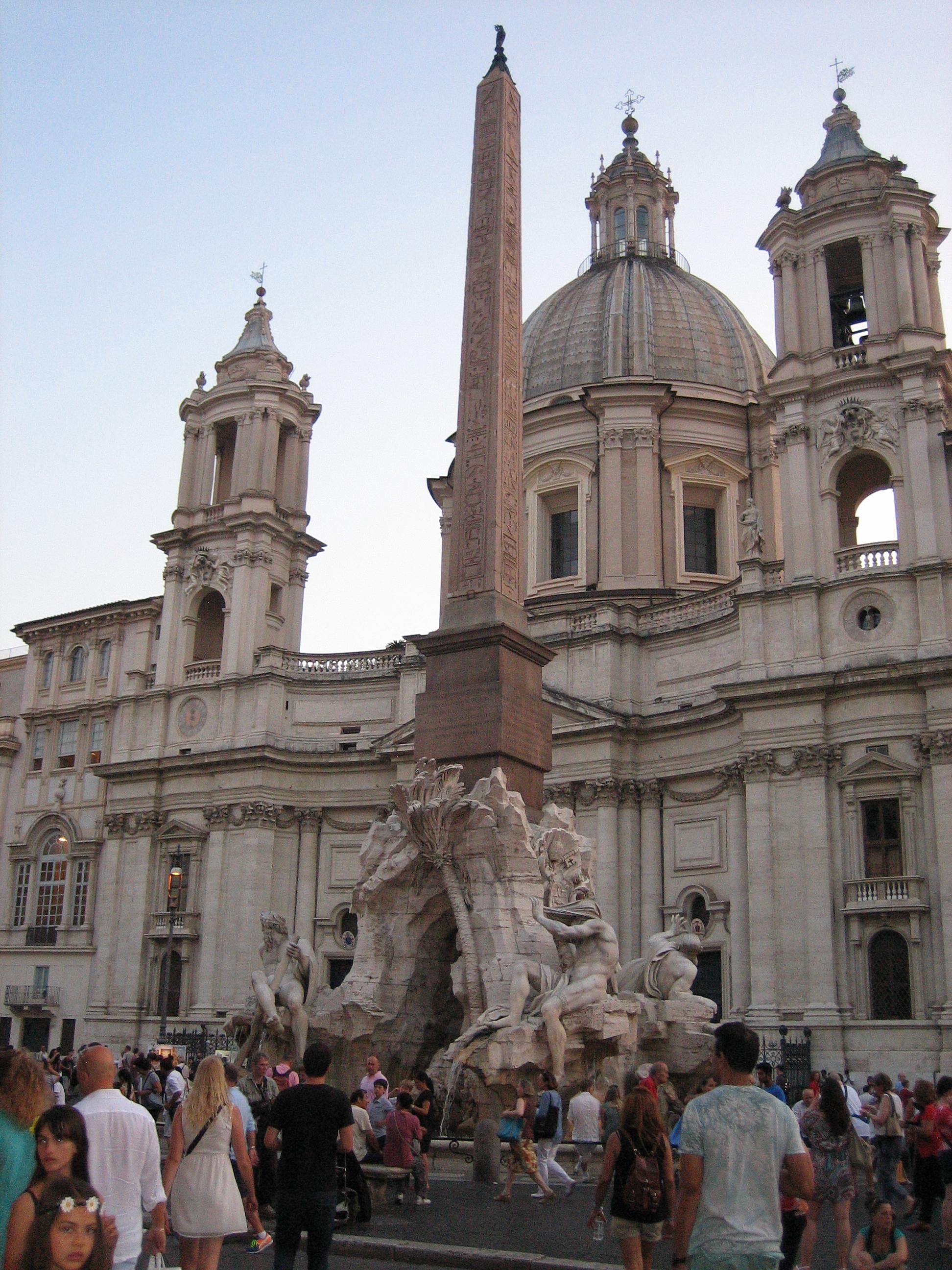 La Y Días Roma Un – Gallego Medio Luna 3 En R3L5A4j