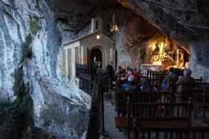 Ermita cueva Covadonga