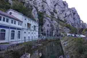 Central hidroeléctrica de Camarñena (Poncebos)