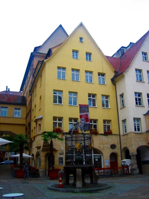 Plaza Hans im Glück