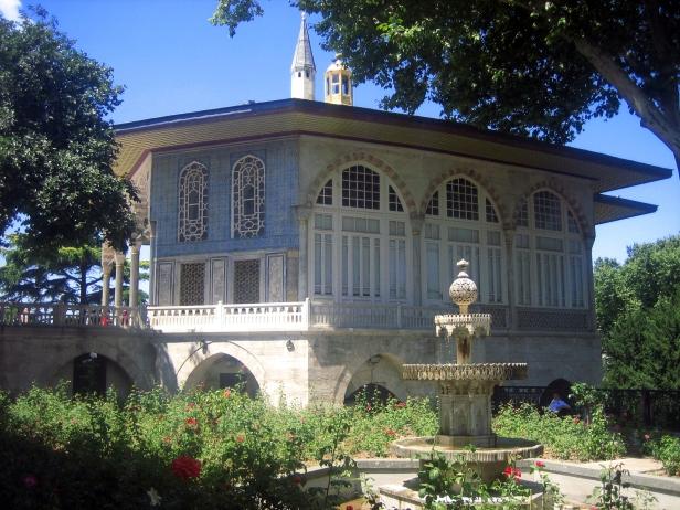 Quiosco de Revan Topkapi.JPG