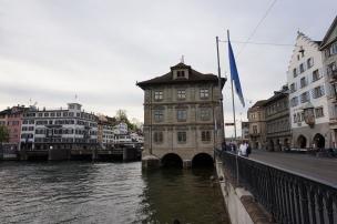 lateral Rathaus Zürich
