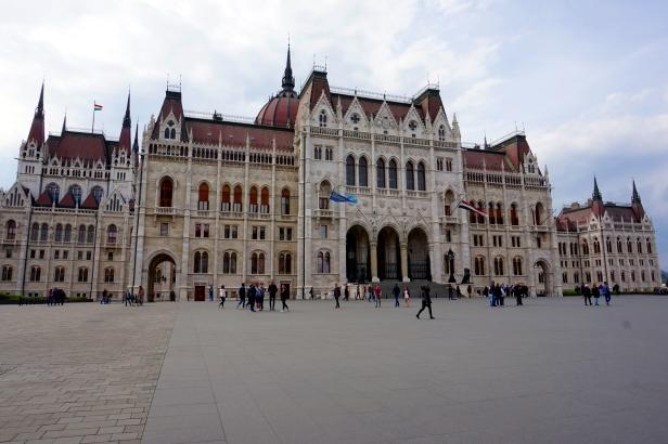 Fachada parlamento budapest