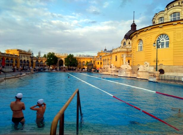 piscina natación Széchenyi
