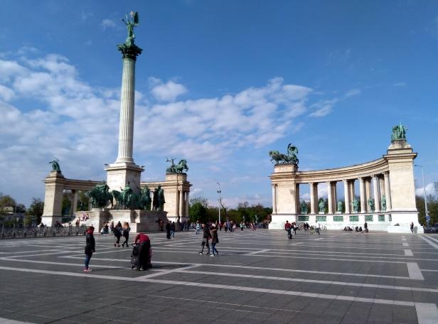 Plaza Héroes Budapest