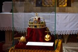 Corona Iglesia Matías
