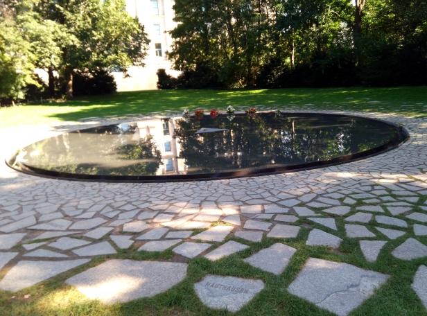 Memorial gitanos víctimas nazis