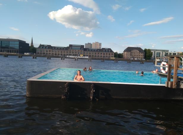 piscina Badeschiff