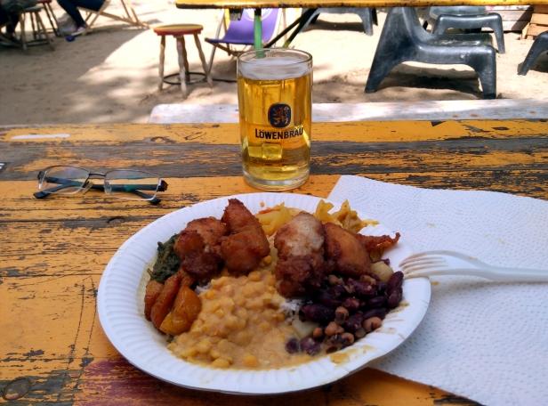 plato africano Yaam