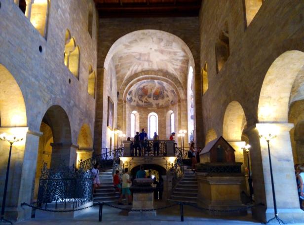 Basílica San Jorge castillo PragA.jpg