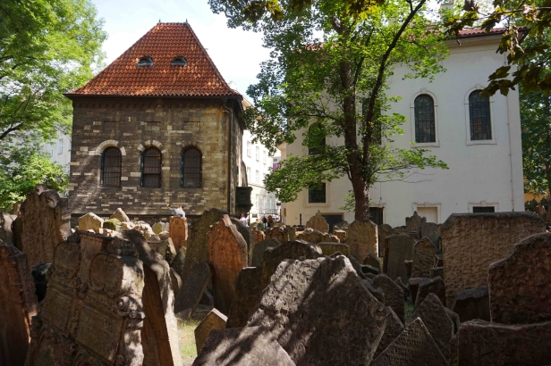 Cementerio Judío de Praga.JPG