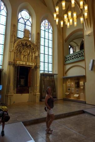 interior sinagoga Maisel
