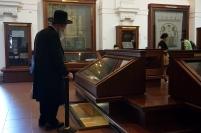 judío en sinagoga klausen