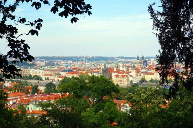 Vistas Praga Monte Petrin.JPG