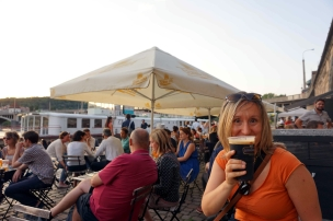 cerveza orillas moldava
