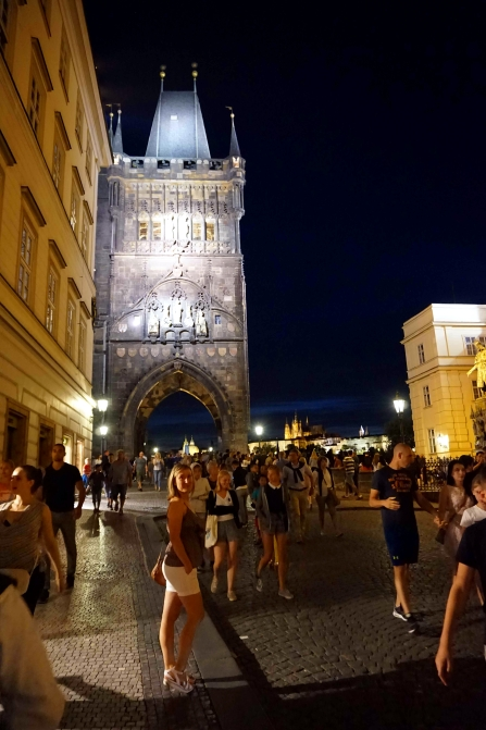 Torre ciudad vieja Nocturna