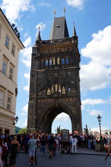 Torre Puente Ciudad Vieja