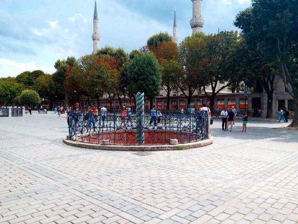 Columna Serpentina